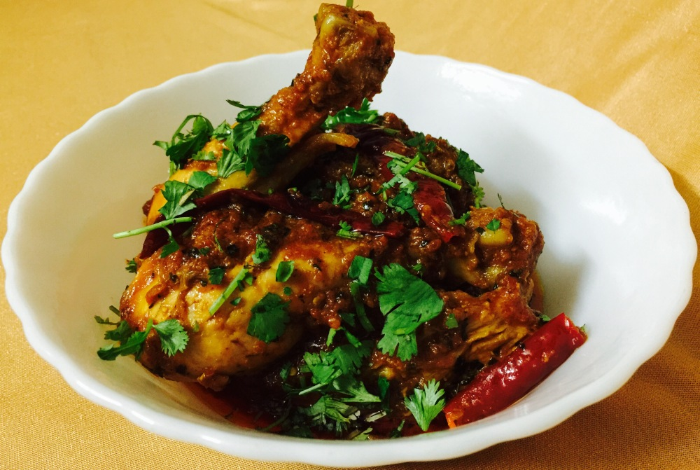 Indian chicken curry with raw spices