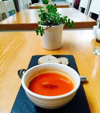 Tomato Dhaniya Shorba