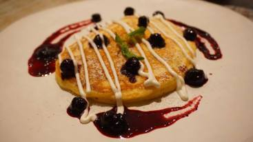 blueberry-pancake