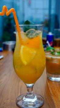 orange-mocktail