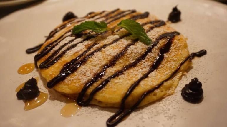 stuffed-nutella-pancake