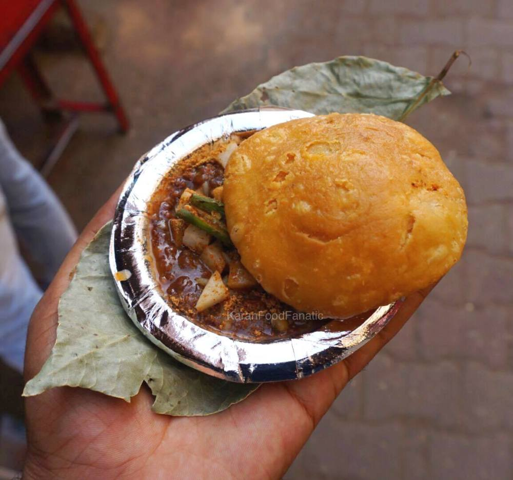 Moth Kachori at Paharganj