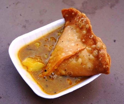 Samosa with aloo sabzi