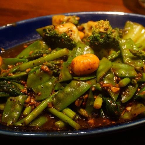 Wok tossed snow peas, pok choi in black pepper sauce