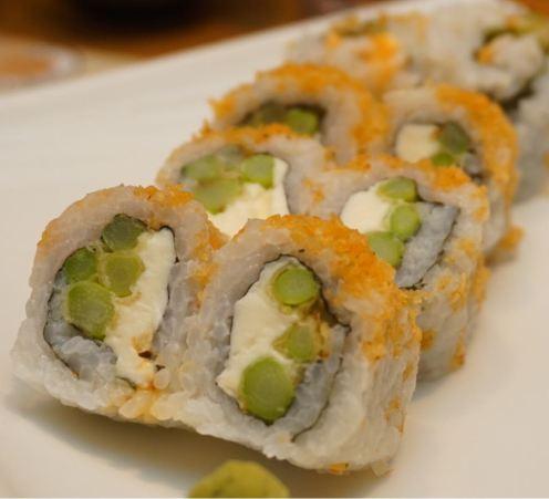 cream cheese and asparagus roll