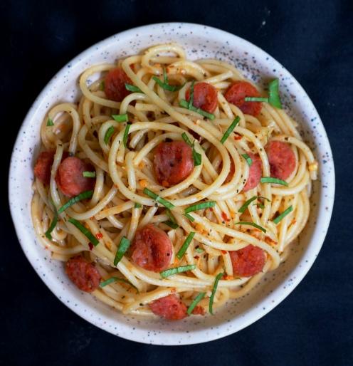 spaghetti aglio e olio with sausages