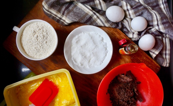 Ingredients for Dark Chocolate Cakey Brownies