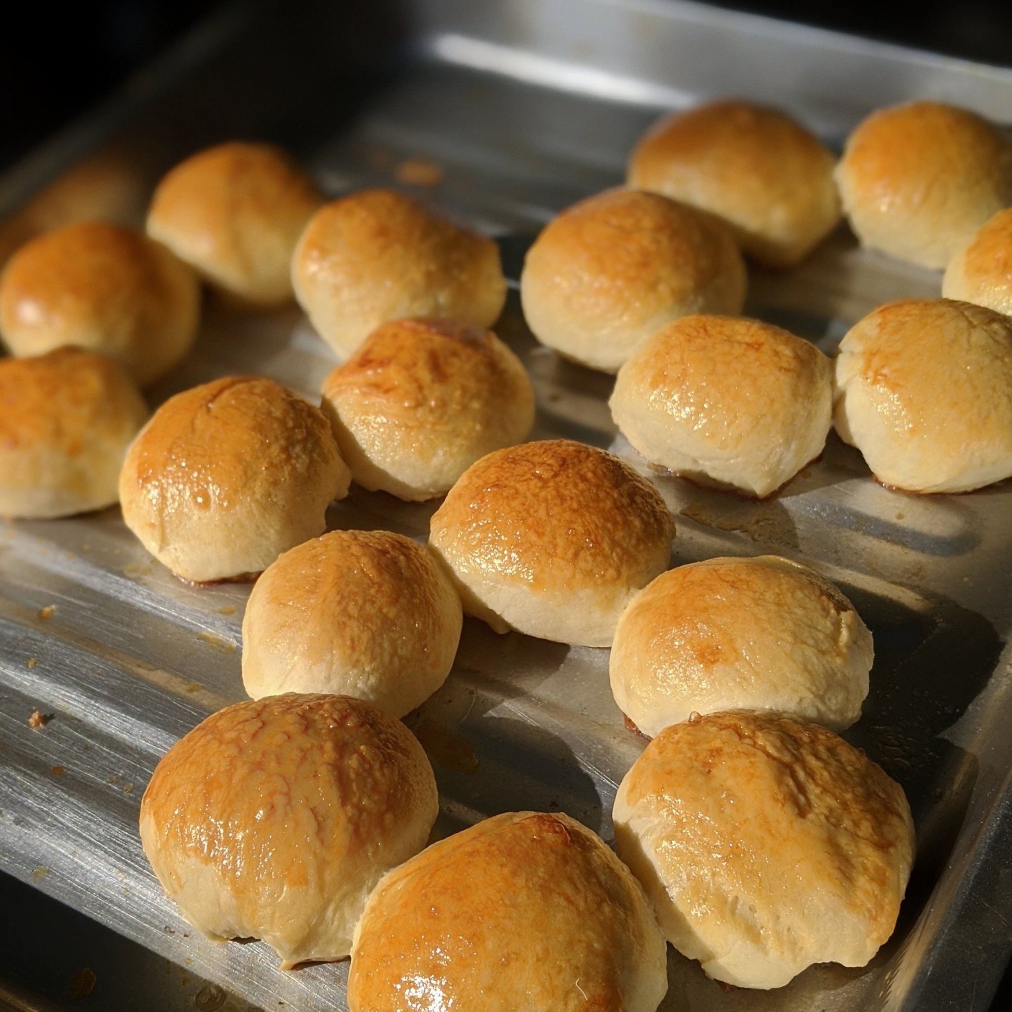 Take out the hot buns